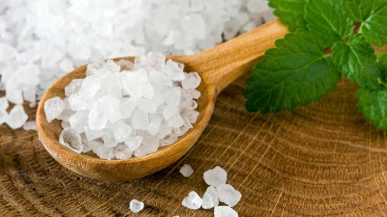 Для чего нужна морская соль?