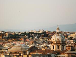 Когда был построен старейший в мире купол?