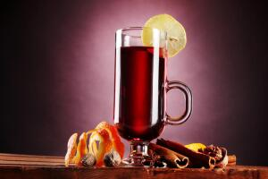 Как приготовить безалкогольный глинтвейн?