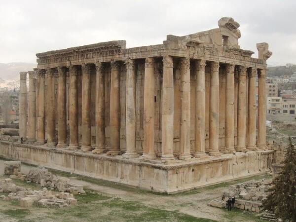 Храм Вакха в Баальбеке – один из наиболее сохранившихся римских храмов