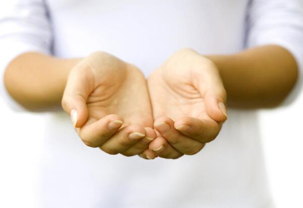 Как омолодить кожу рук?
