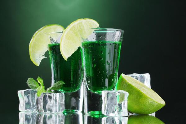Как правильно пить абсент?