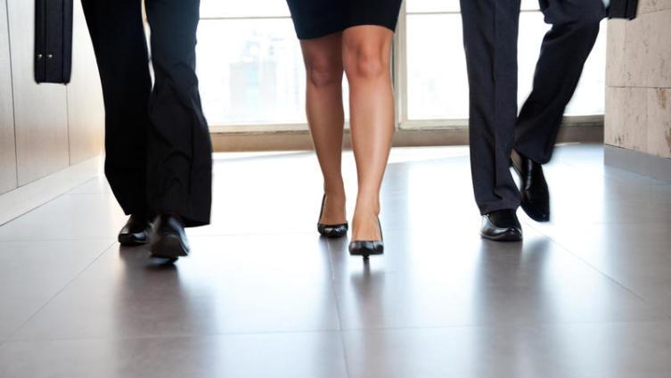 Как женщине добиться успеха на работе?