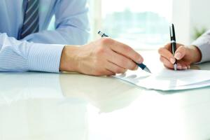Какие документы нужно предъявлять при приеме на работу?