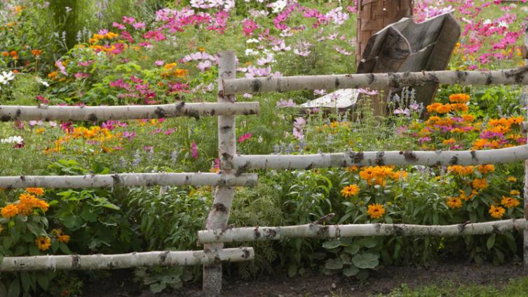 Как создать сад в стиле кантри?