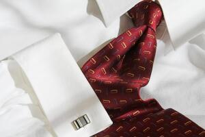 Как подобрать рубашку и галстук под костюм?