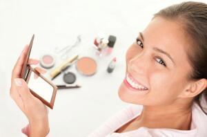 Типичные ошибки при нанесении макияжа: проверим себя?