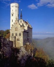Замок Лихтенштейн, выстроенный по... роману Гауфа
