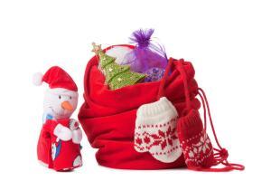 Как оригинально упаковать подарок к Новому году?