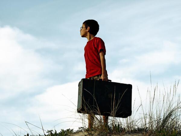 Жизнь как зал ожидания. Уехать или остаться?