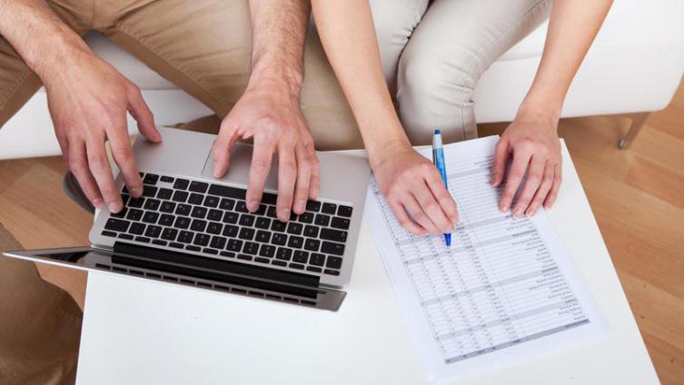 Почему кредит под 9,99% годовых выходит с 60% переплатой в год?