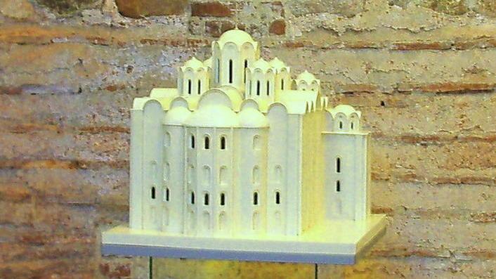 Макет реконструкции Софийского собора в Полоцке. XI век н.э.
