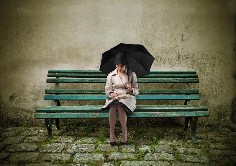 Картинки по запросу одинокая женщина
