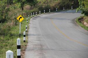 Понимаете ли вы язык дорожных столбиков?