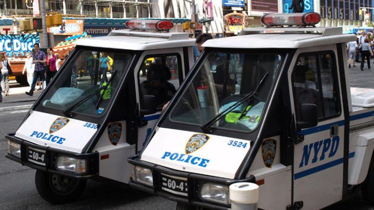 Транспортное средство полиции Нью-Йорка