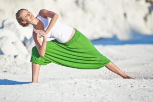 Где заняться йогой для женщин? Тренировка интимных мышц методиками вумбилдинг, имбилдинг и системы Вагитон