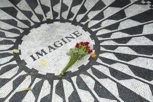 Что представлял себе Джон Леннон в песне «Imagine»? Памяти певца и композитора