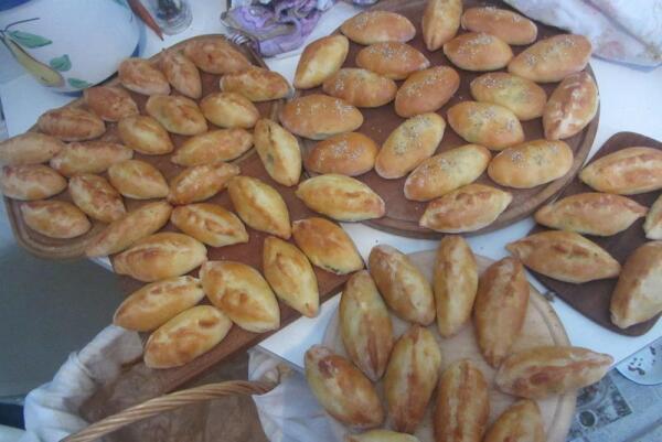 Знаменитые пирожки Марины и Розвиты, которых каждый год ждут в Оберурзеле
