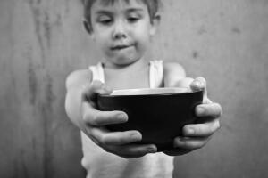 Как правильно заниматься благотворительностью?