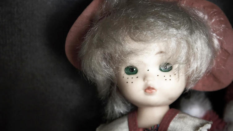Как дать новую жизнь испорченной кукле?