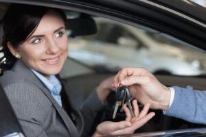 Как купить подержанную машину? Советы женщинам