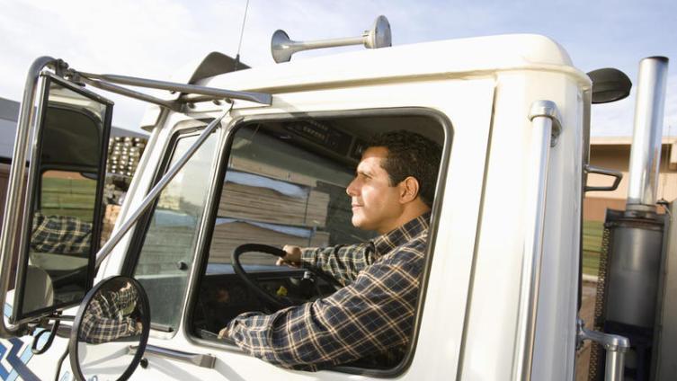 Трудно ли работать дальнобойщиком? Часть 1