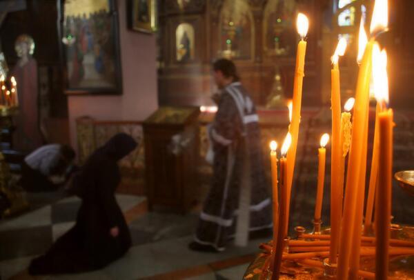 Как вести себя в православной церкви?