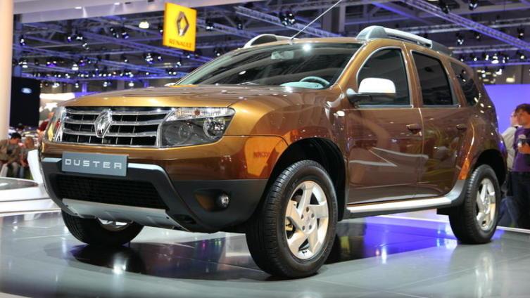 Renault Duster. Почему «подметающий пыль» стал самым доступным российским внедорожником?