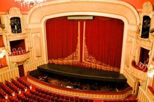 Как воплощается на сцене опера? Этапы постановки
