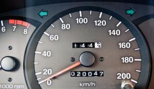 Стоит ли покупать машину с небольшим пробегом?