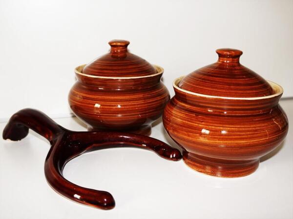Самые удобные горшочки – классической, округлой формы, сужающиеся внизу и вверху