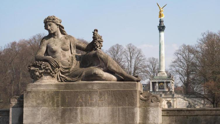 Как советский скульптор Гликман стал немецким живописцем с мировым именем?