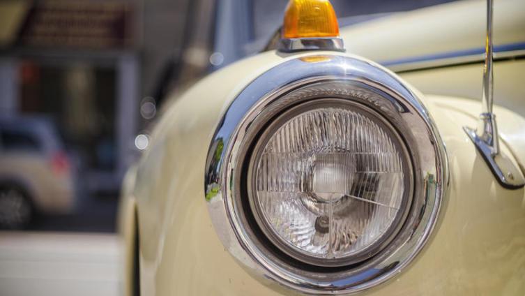 Водительская солидарность. Что означают условные сигналы на дороге?