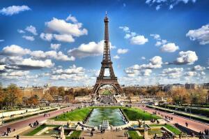 Кому принадлежит фраза «Увидеть Париж и умереть»? Ко Дню рождения Ильи Эренбурга