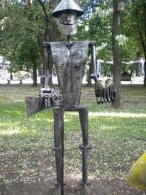 Элемент Парка кованых фигур. Дровосек.