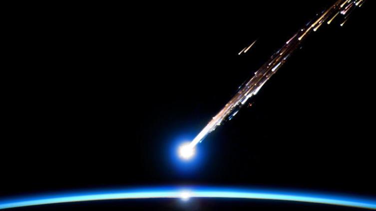Челябинский метеорит: от очарования до паники?
