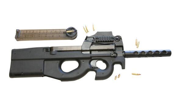 FN P90. Какие задачи выполняет «персональное оружие военнослужащего»?