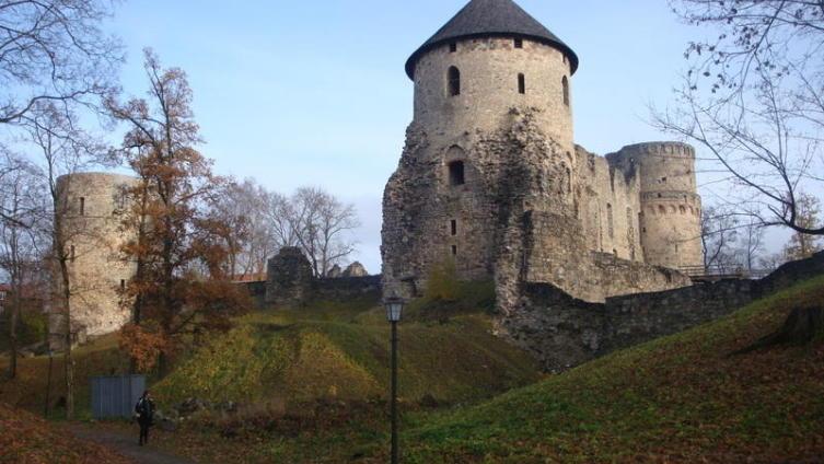 О чём расскажут башни замка Венден? Часть 2