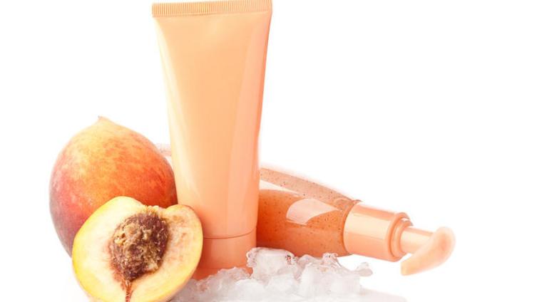 Как применяется персиковое масло в косметологии?