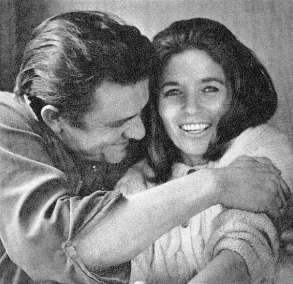 Джонни Кэш и Джун Картер в 1969 году