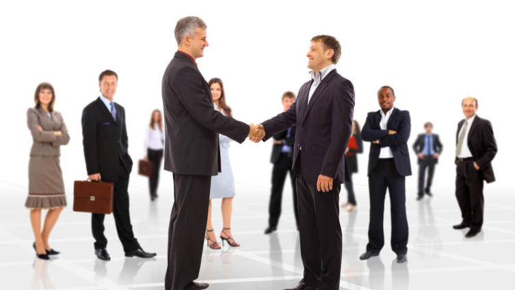 Как знакомиться на больших мероприятиях? Три правила начинающего «нетворкера»