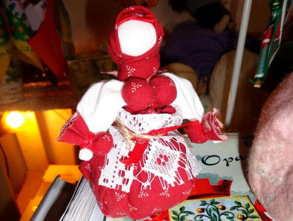 Кукла-травница с липой