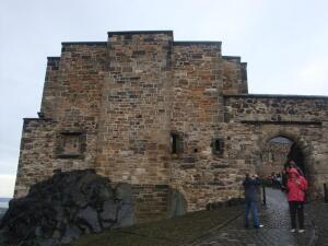 Что посмотреть в Шотландии? Эдинбургский замок