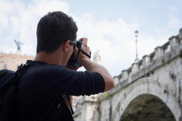 Почему стоит брать частного гида во время путешествия за границей?