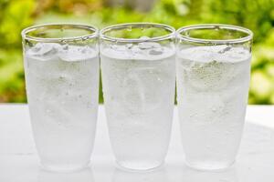 Может ли обыкновенная вода лечить наш организм?