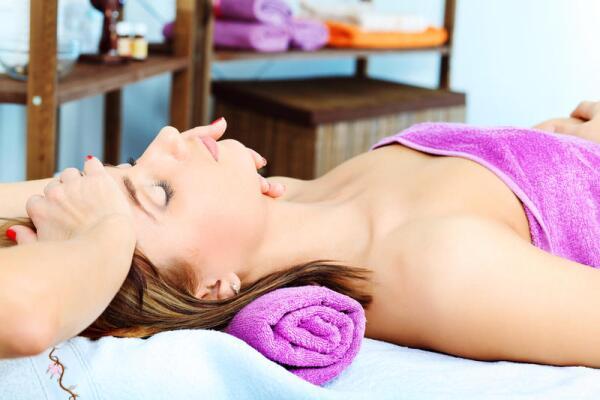 Какие салонные процедуры по уходу за кожей наиболее популярны?