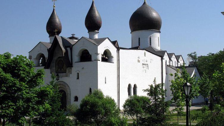 Храм Покрова Пресвятой Богородицы Марфо-Мариинской обители