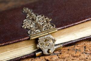 Книга - лучший подарок?