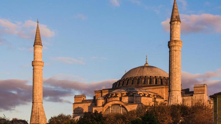 Как была построена главная достопримечательность Стамбула?