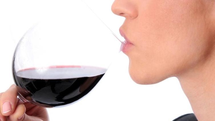 Безалкогольное вино. В чем его польза для населения?
